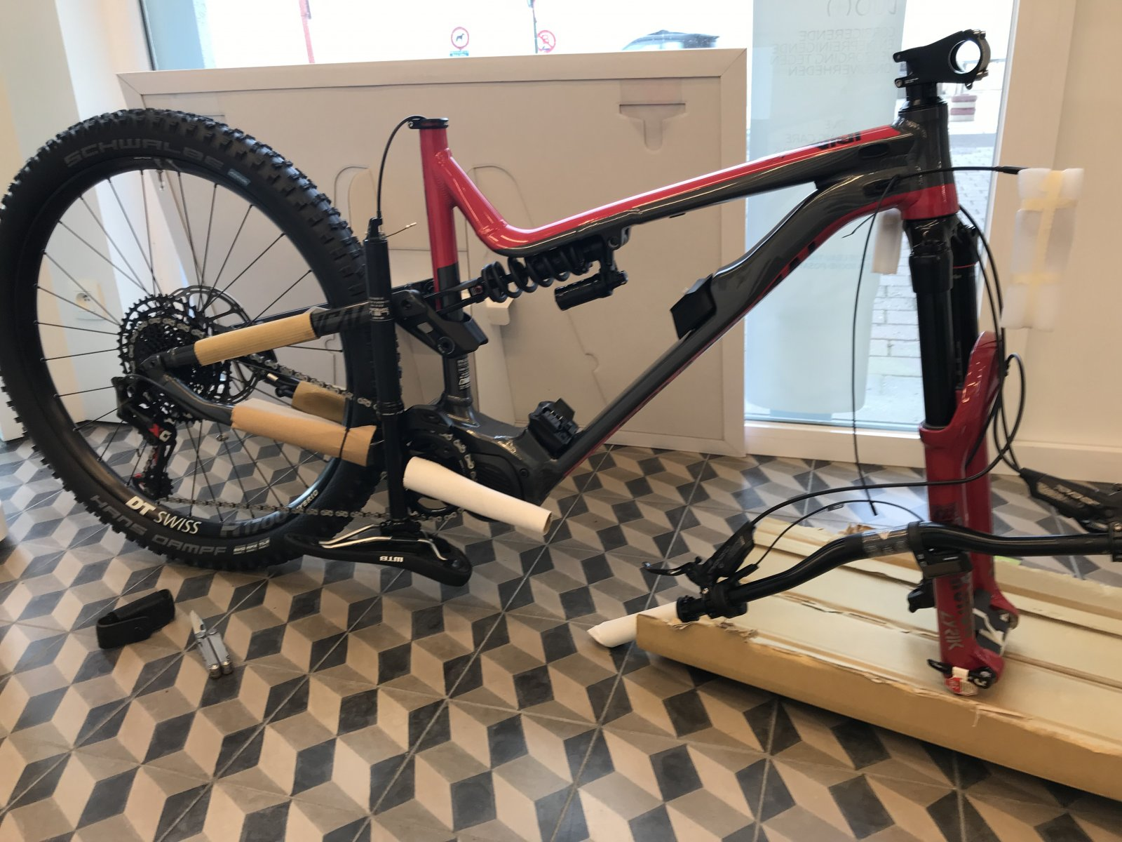 Waiting for 2019 Commencal Meta Power - EMTB Forums