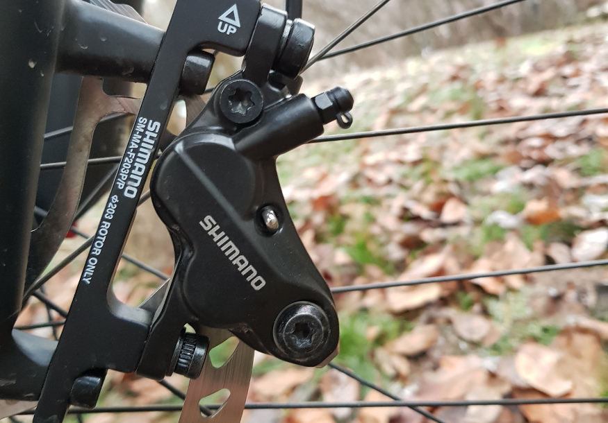 Shimano MT520 four pot brakes